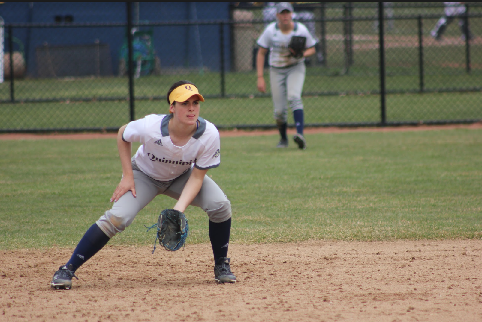 Quinnipiac softball swept by Iona in doubleheader on Friday