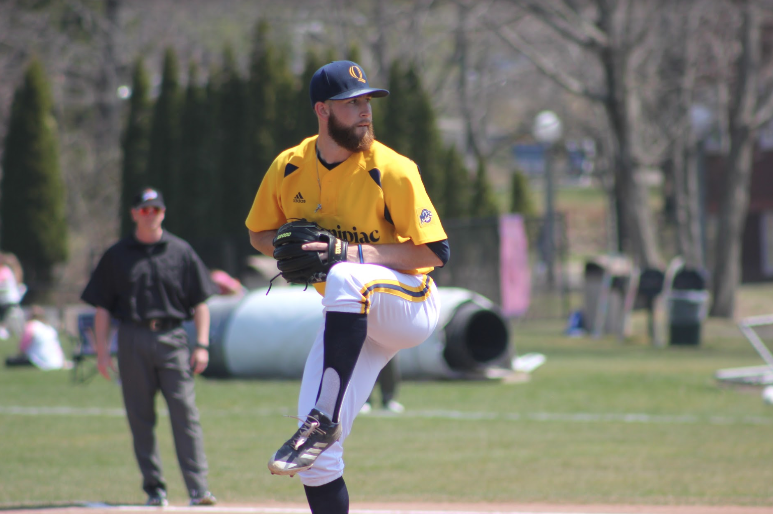 Quinnipiac baseball splits doubleheader with Siena for first MAAC loss