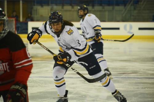 Quinnipiac women's ice hockey falls to No. 7 Ohio State, 3-2, for second straight day