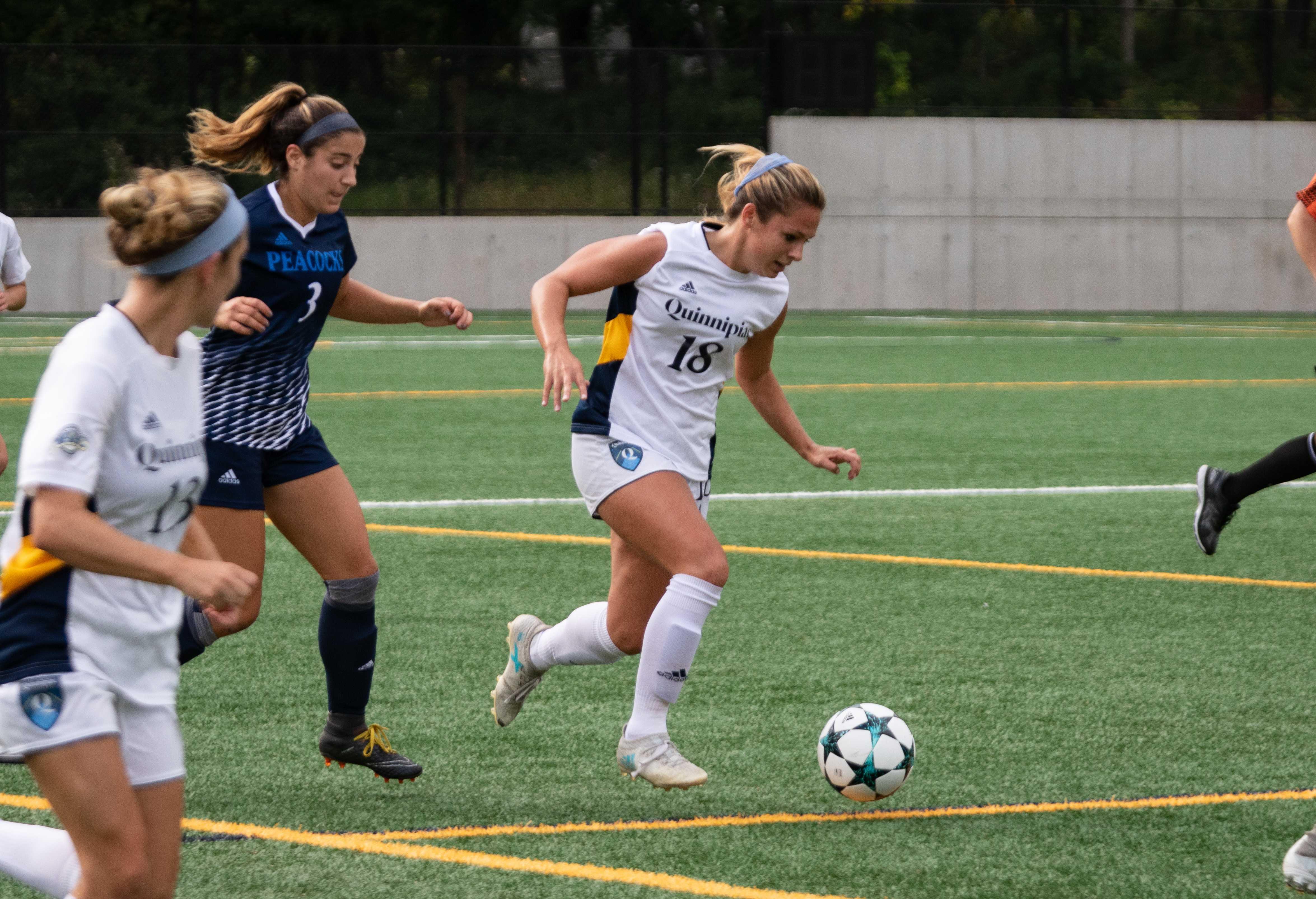 Saint Peter's upsets Quinnipiac women's soccer, 1-0