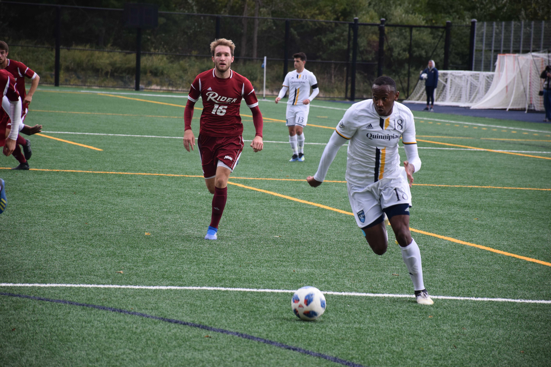 Quinnipiac men's soccer comes back to beat Rider, 2-1
