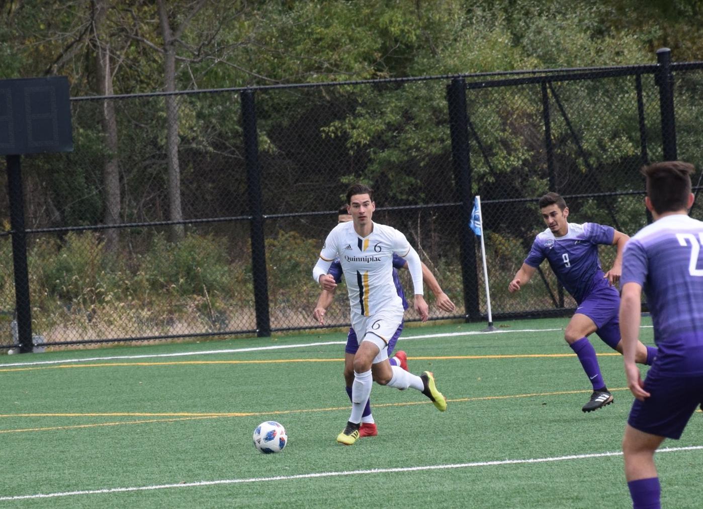 Quinnipiac men's soccer trounces Niagara, 3-0