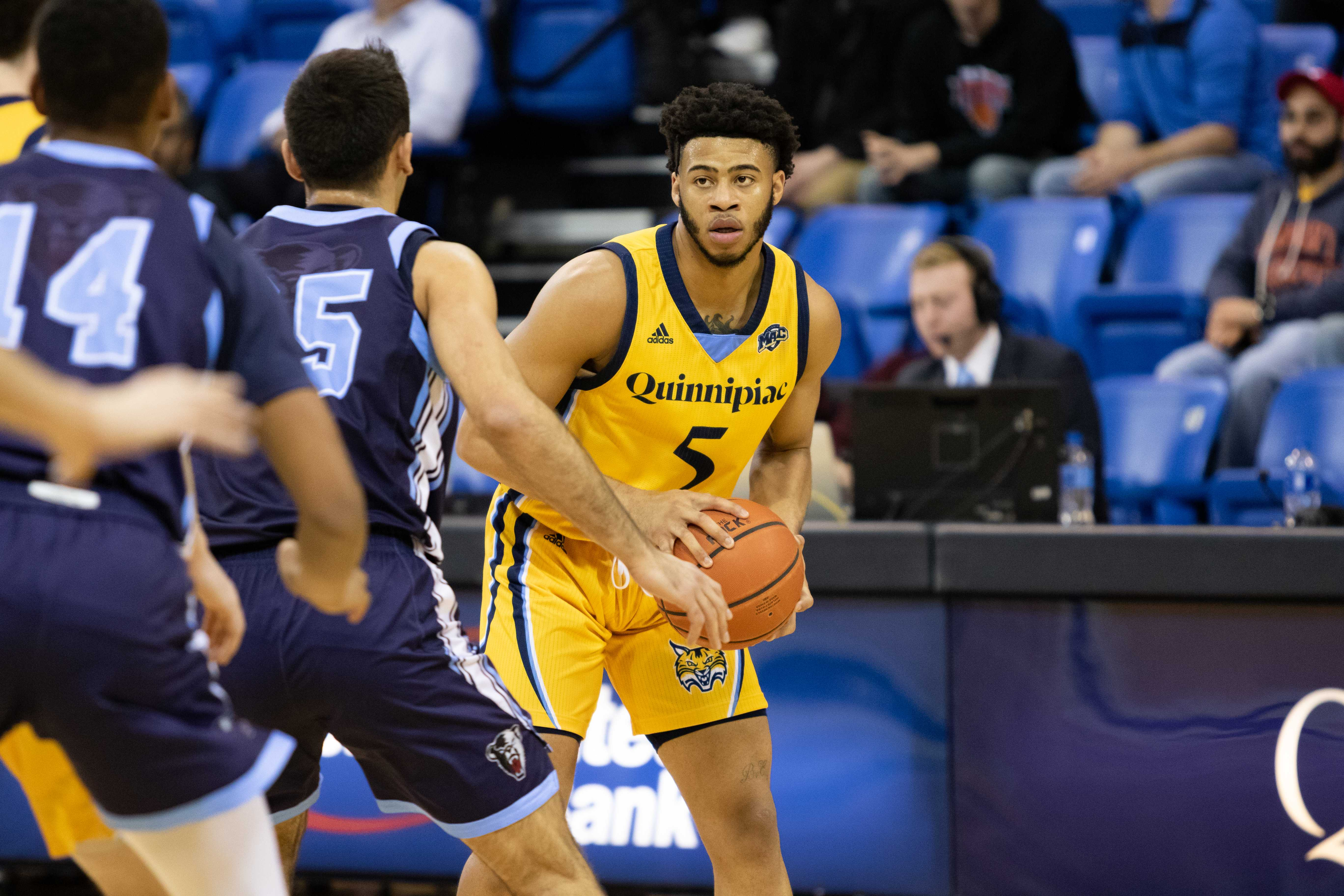 Quinnipiac men's basketball rides hot second half in win over Maine