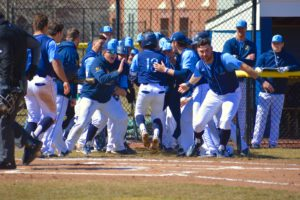 Quinnipiac baseball completes weekend sweep of Saint Peter