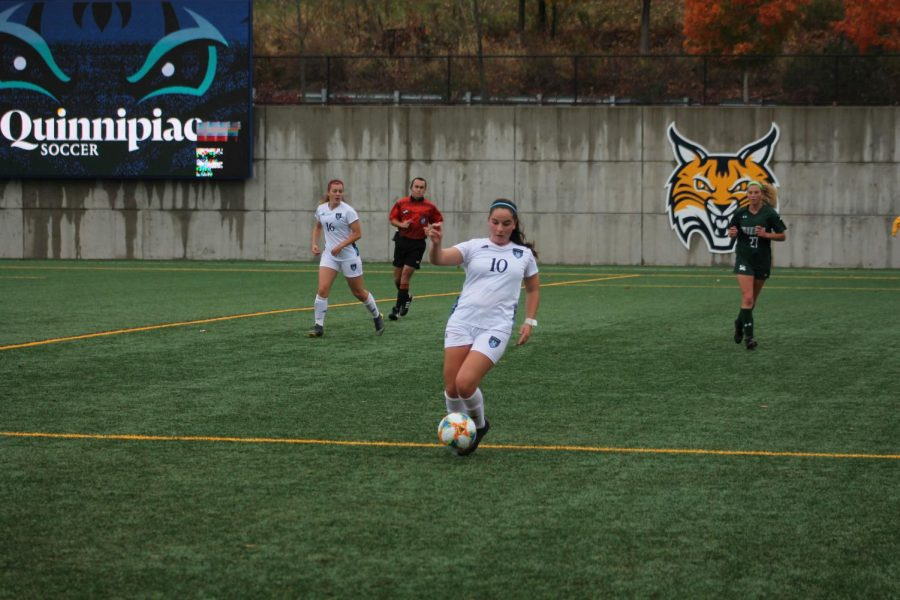 Quinnipiac defeats Siena 2-1 in final game of the regular season