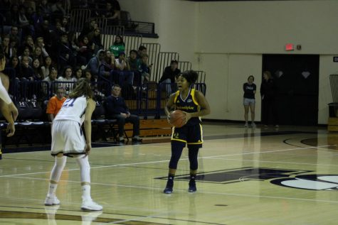 Warfel's double-double leads the Bobcats to a 76-69 win over Bucknell