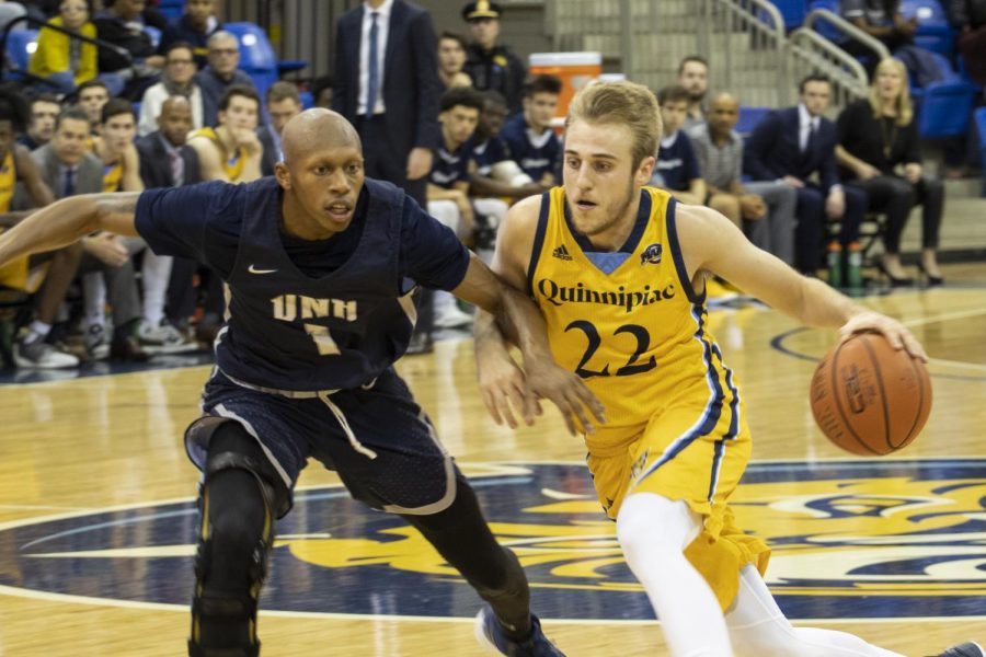 Rich Kelly's hot second half leads the Bobcats to a 75-67 win