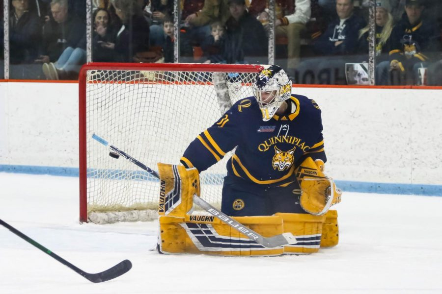 Senior goaltender Keith Petruzelli saved 35 of 37 shots faced against Bowling Green on Saturday.