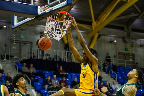 Quinnipiac wins its MAAC opener in double-overtime game