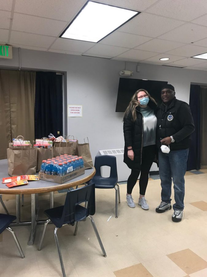 Victoria OToole, a student at Quinnipiac teamed up with Leonard Jahad, who works with underprivileged youth in Hamden. She used her meal points at Quinnipiac to give people in the community fresh food.