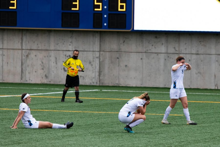 The Quinnipiac women's soccer team lost in the MAAC semifinal 2-0 against Monmouth on Monday.