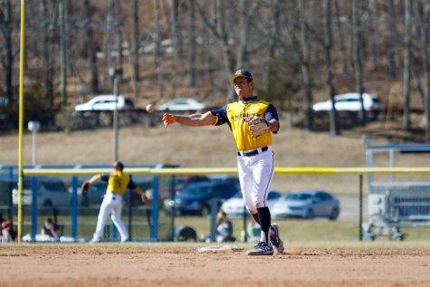 The Quinnipiac baseball team has made 19 errors this season, which is third-most in the MAAC.