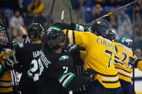 Multiple scrums unfolded on the ice during Quinnipiacs 3-1 loss to North Dakota on Saturday. Photo from